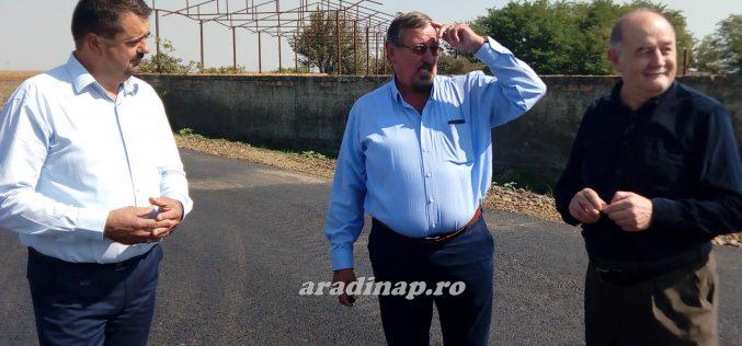 Kilencven százalékban kész a Pereg-Nagylak út aszfaltozása
