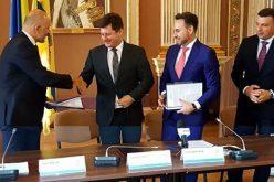 Az EU fizeti a Pécska-Tornya és Kisiratos-Mácsa utak aszfaltozását, a színház felújítását