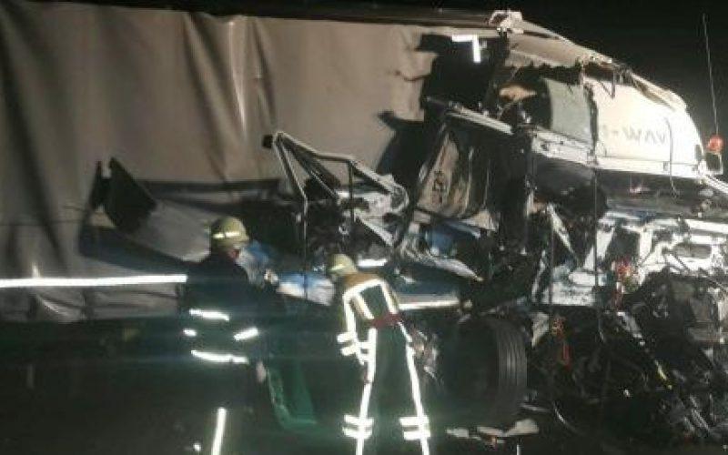 Két kamion ütközött az autópályán