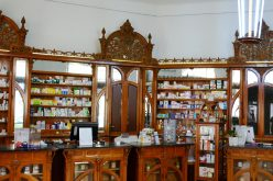 Kötetbemutató: az aradi gyógyszertárak története
