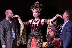A Színházzal teli hónap első előadása: Rosencrantz és Guildenstern halott