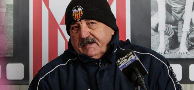 Valencia-sapkás Popa: nincs csapata, mégis a magyarokat szapulja