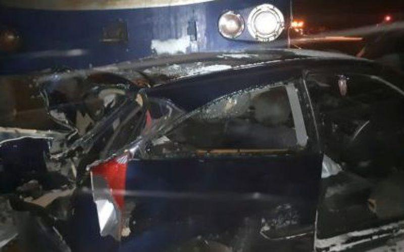 Vonat ütközött személygépkocsival