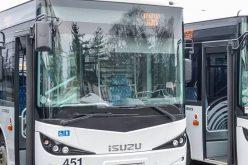 Öt új, három ócska buszt vettek