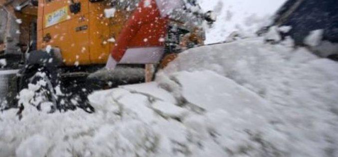 A megyei tanács, az Inteco és a száguldó hóekék