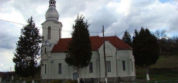A pap édesanyja a templom udvarán égett halálra