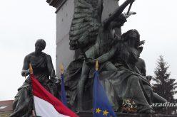 Ünnepség: 15 éve áll a Szabadság-szobrunk