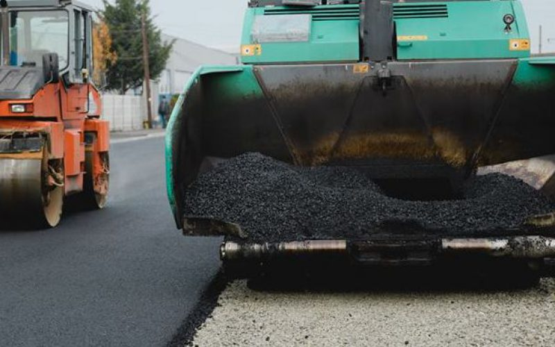 Lezárult öt megyei útszakasz felújításának közbeszerzése