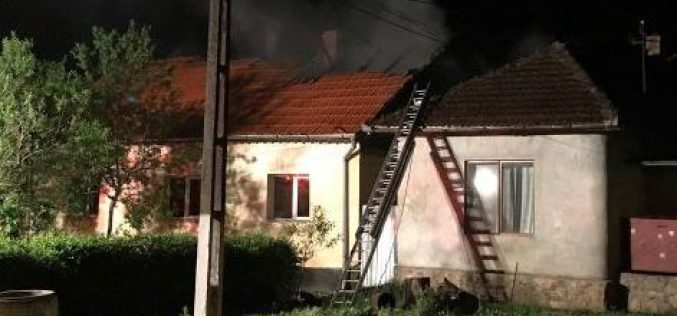 Tűz Borosjenőben