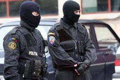 Házkutatások Aradon: 10 ezer eurót is elkértek az embercsempészek