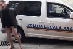 Szerszámát villantva meztelenül futkározott a belvárosban