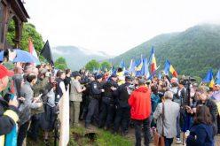 Holnap Csíkszeredában tüntetnek az úzvölgyi temetőért