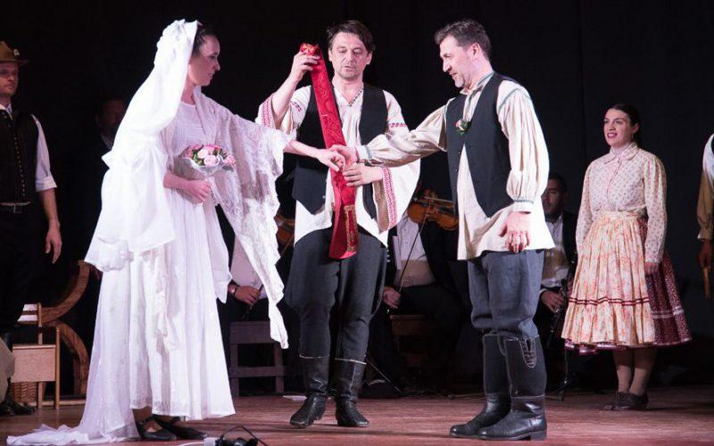 Aradi Kamaraszínház: júniusban három előadás