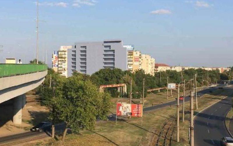 Nyolcemeletes lakótömb épül a mikelekai felüljáró mellett