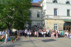 Évzárás-munkakezdés Pécskán
