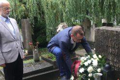Bognár Levente és Szabó Mihály megkoszorúzta Jávor Pál sírját Budapesten
