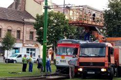 Leszakította a felsővezetéket: megbénult a villamosközlekedés