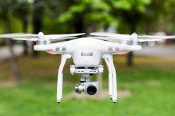Esküvői mulatozáson vágta fejbe egy drón