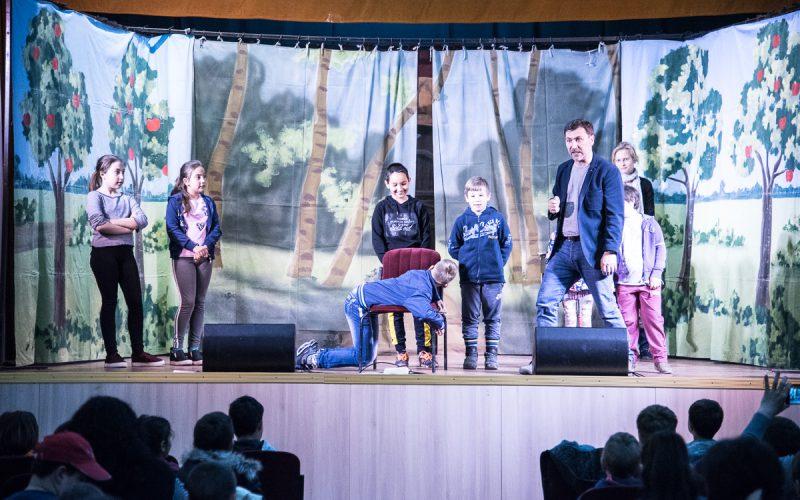 Folytatódik az Aradi Kamaraszínház – Szórvány Kulturális Karaván