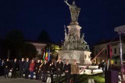 Megemlékezés és koszorúzás a Szabadság-szobornál