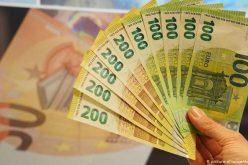 A PSD több, mint havi egymilliárd eurós tempóban adósítja el az országot