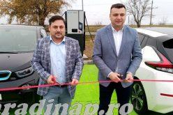 Pécskánál adták át az első, autópálya melletti elektromos töltőállomást