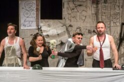 Az Aradi Kamaraszínház elhalasztja a bérletárusítást