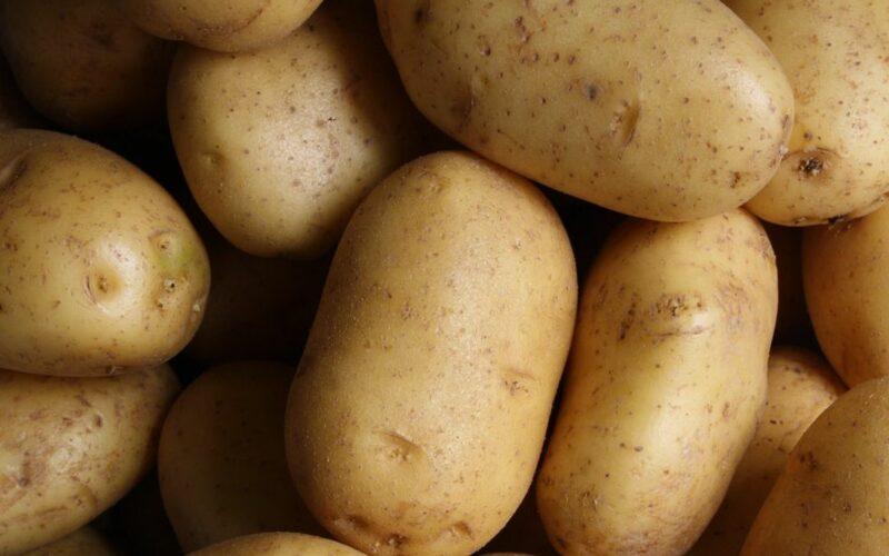 A krumpli alágyújtott az inflációnak