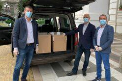 59 000 maszk érkezett Aradra az RMDSZ kérésére