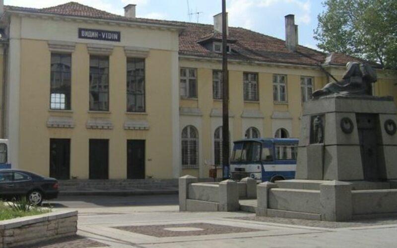 Az első szomszéd, amelyik újraindítja a vonatközlekedést Romániával