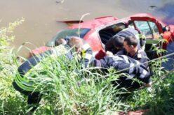 Autóval a Malomcsatornában: két halott