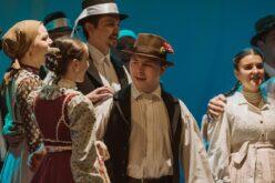 Aradi Kamaraszínház: élőzenés folklórműsor-bemutató