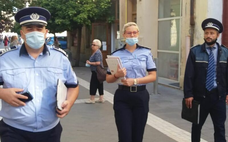 Hivatalos rendőrségi fotó: csak a maszkokat figyeljék