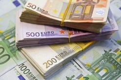 Egy 87 éves asszony 300 ezer eurót őrzött otthon: meglovasították