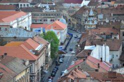 Késleltetnék a klímaberendezések eltávolítását a történelmi belvárosban