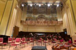 A színművészek után a filharmonikusok is feltolták a polgármestert a minisztériumnál